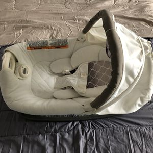 New Graco Bassinet Tan for Sale for sale  Brooklyn, NY