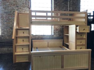 SOLID WOOD Twin over Full bunk bed with staircase for Sale in Chicago, IL