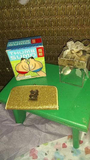 One picture box one 1960 coin clutch never out of the box thumb sumo for Sale in Lincoln, NE