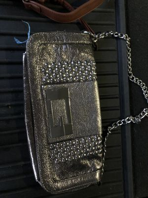 New Guess clutch style purse for Sale in Garner, NC