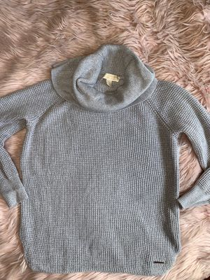 Michael kors knit sweater for Sale in Fontana, CA