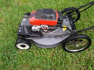 "Lawnmower/lawn mower craftsman start right up 22"" inch deck front wheel drive self propelled Garage keep it clean ready for work. for Sale in Pembroke Pines, FL"