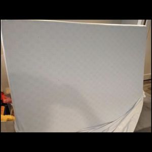 """Like New Zinus Foam Mattress, 8""""/Queen for Sale in Seattle, WA"""