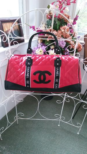 Red Chanel Travel Duffel Bag w/ Shoulder Strap for Sale in Portsmouth, VA
