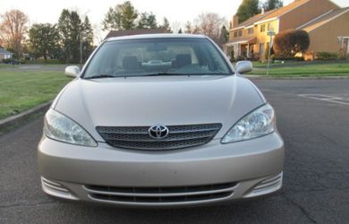 Well maintaine 2004 Toyota Camry LE/XLE for Sale in Salina,  KS