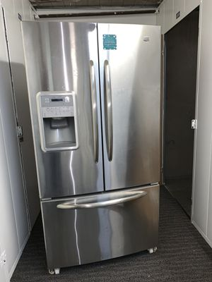 Refrigerator Silver Maytag for Sale in Marina del Rey, CA
