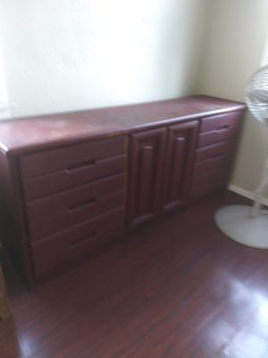 9 drawer dresser for Sale in Long Beach, CA