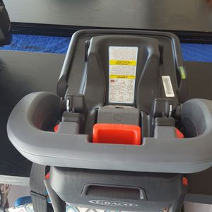 Graco Click Connect Base Car Seat for Sale in Hutto, TX