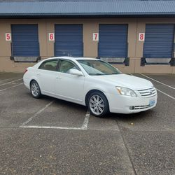 2006 Toyota Avalon Limited for Sale in Portland,  OR