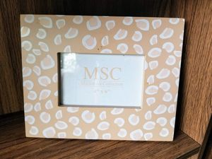 MSC Photo Frame 4 x 6. Like June's Online Consignment Shop on Facebook for Sale in Neenah, WI