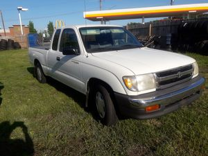 TOYOTA TACOMA 98 STANDARD TRANSMITION for Sale in Silver Spring, MD