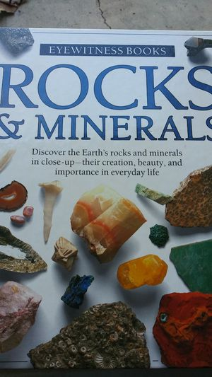 Book about rocks and minerals for Sale in Clermont, FL