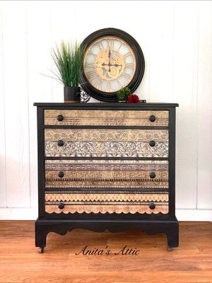 Antique Black Chest for Sale in Glenelg, MD