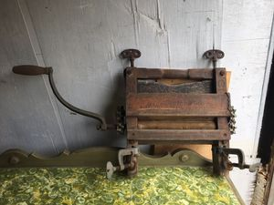Antique laundry wringer for Sale in Waterboro, ME