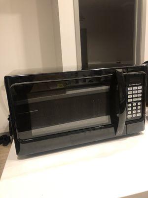 Hamilton Beach microwave for Sale in Culver City, CA