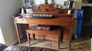 Beautiful Gould Upright Spinnet Piano & Bench for Sale in Alta Loma, CA