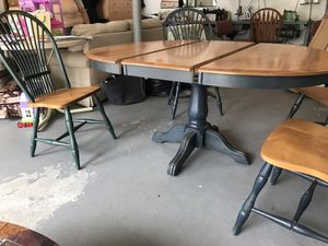 Dining table and 4 chairs for Sale in Clifton, NJ