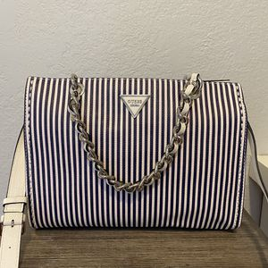 Guess Purses for Sale in Fontana, CA