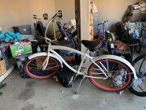 Women's cruiser bike for Sale in Goodyear, AZ