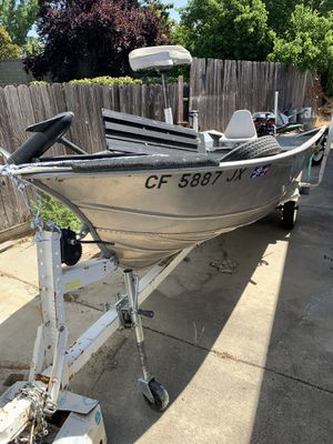 Aluminum fishing boat with motor for Sale in Galt, CA