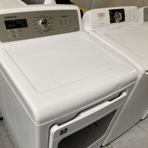 Samsung Washer And Dryer for Sale in Hesperia, CA