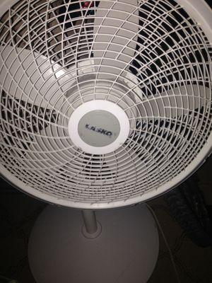 Lasko 16 inch fan for Sale in Las Vegas, NV