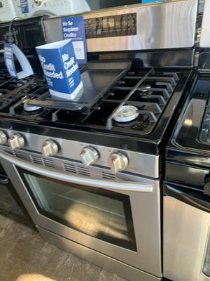 Stove for Sale in Downey, CA