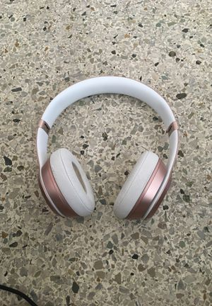 Rose Gold Beats Wireless Headphones for Sale in West Palm Beach, FL
