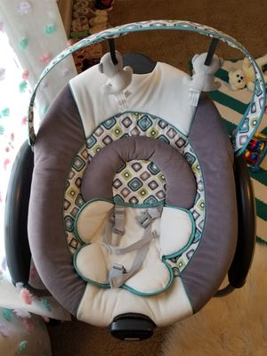 Graco Affinia Swing for Sale in Halsey, OR