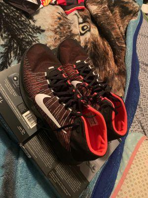 Nike zoom size 13 men's for Sale in Houston, TX