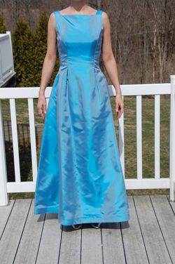 Prom dress - size 10 for Sale in Canton,  IL