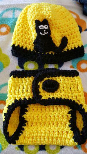 Newborn, cat hat and diaper cover set for Sale in Poinciana, FL