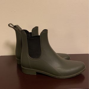 Rain Boots Size 8 for Sale in Portland, OR