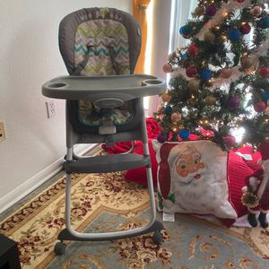 Ingenuity Classic High Chair 3 In 1 for Sale in San Diego, CA