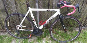 Genesis 606 aluminum bike for Sale in Pembroke Pines, FL