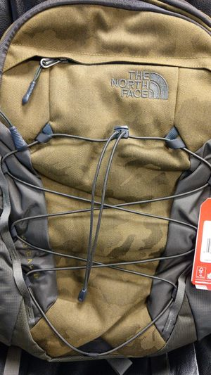 North Face borealis back pack. for Sale in Miami, FL