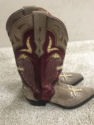 Cowboy boots. Women size 8. Only worn a few times for Sale in Pacific, MO