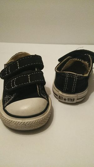 Converse All Star Black Size 2 for Sale in Fresno, CA