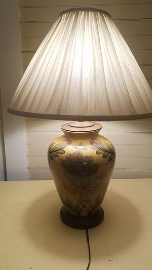 3 way lamp for Sale in Waltham, MA