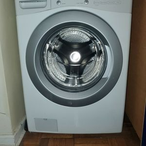 Kenmore Front-Loading Automatic Washer for Sale in Queens, NY