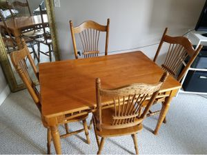 Table and 4 chairs for Sale in Philadelphia, PA