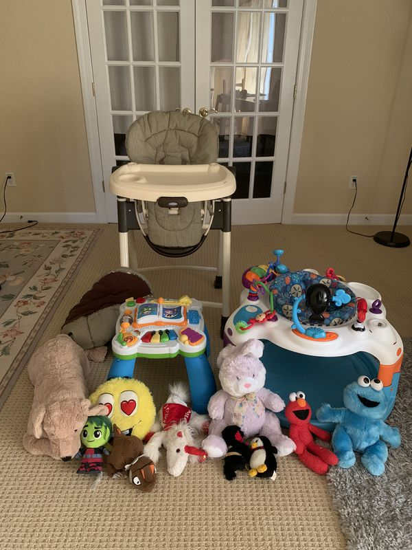 Assorted baby/toddler items