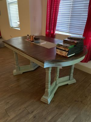 Kitchen table for Sale in Gilbert, AZ