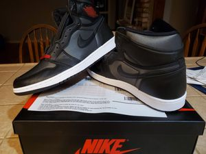Jordan 1 Black Satin Fym Red size 10.5 for Sale in Vacaville, CA