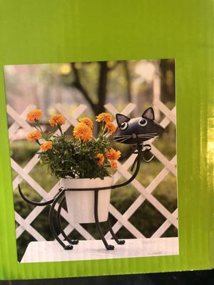 Cat flower pot for Sale in Fontana, CA