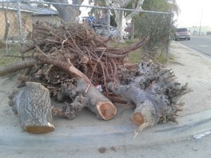 Free wood for Sale in Sanger, CA