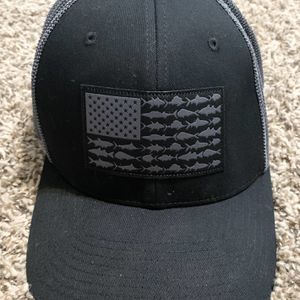 Columbia Men's PFG Mesh Ball Cap Hat Size Large/XL, Black Fish Flag Quick Drying for Sale in Indianapolis, IN