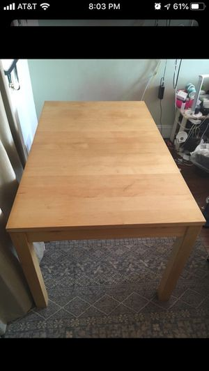 Free Dinning table for Sale in San Francisco, CA