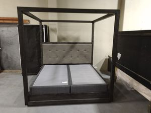 King bed frame for Sale in Kennewick, WA