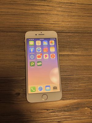 iPhone 8 rose gold 64gb for Sale in Joint Base Lewis-McChord, WA